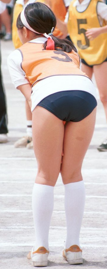 【JKJCブルマ画像】何回見ても女の子のブルマ姿はイイ!と再確認する画像09