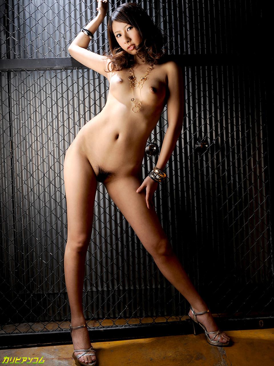 理性を狂わす魅惑の美脚 朝比奈舞