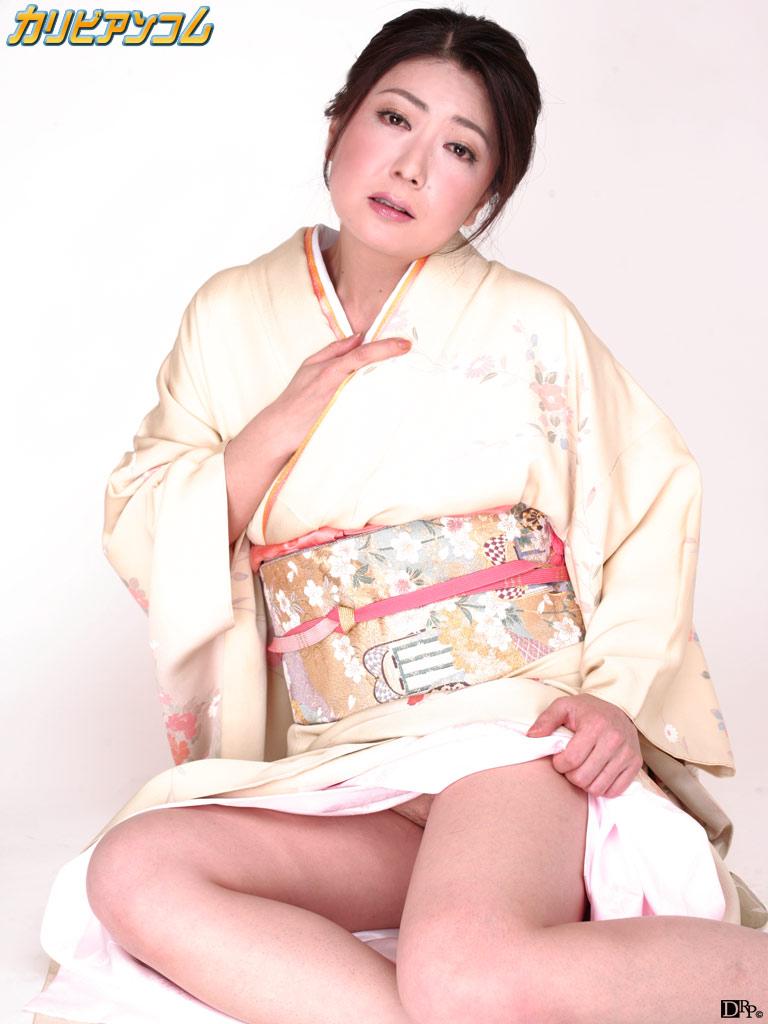 ぶっかけ美熟女 〜特別編集版〜 紫彩乃
