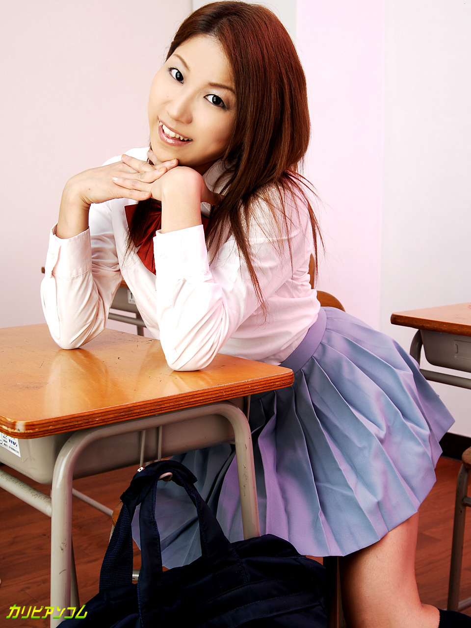 学校でイっちゃおう! 沢尻もも美