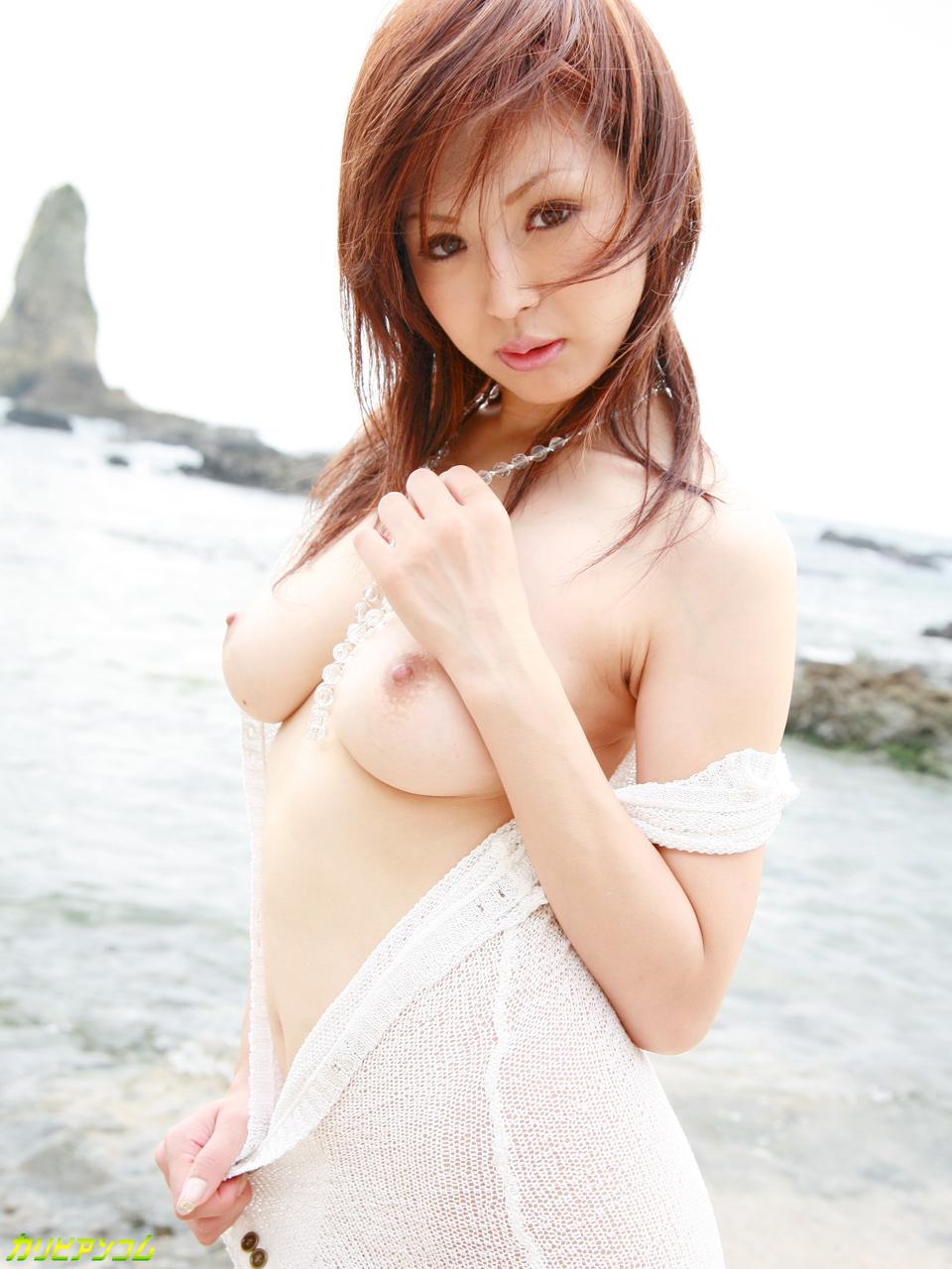 夏だッ!海だッ!ビーチ生ハメ3P! 花野真衣