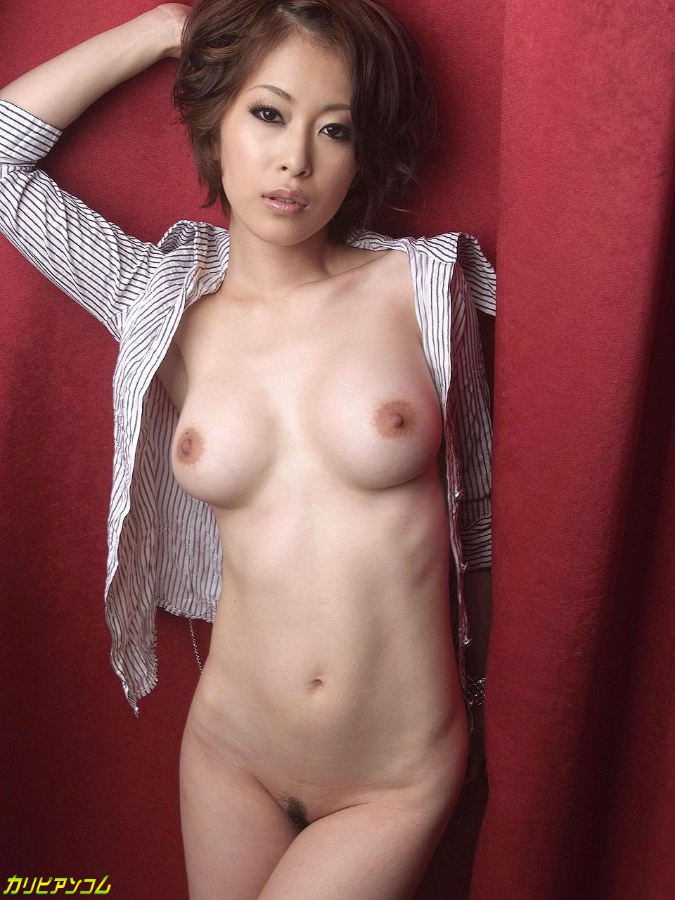 多彩なGカップ妻〜潮吹き女王誕生〜 大塚咲